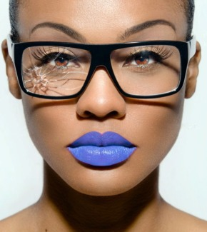 MakeUP Sundays : Make Up Tips For Girls Who Wear Glasses