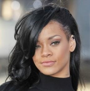 "Barbadian Singer Robyn ""Rihanna"" Fenty Rocks A New Do For Her Upcoming Movie "" Battleship"""